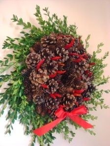 Chili cone wreath with Boxwood